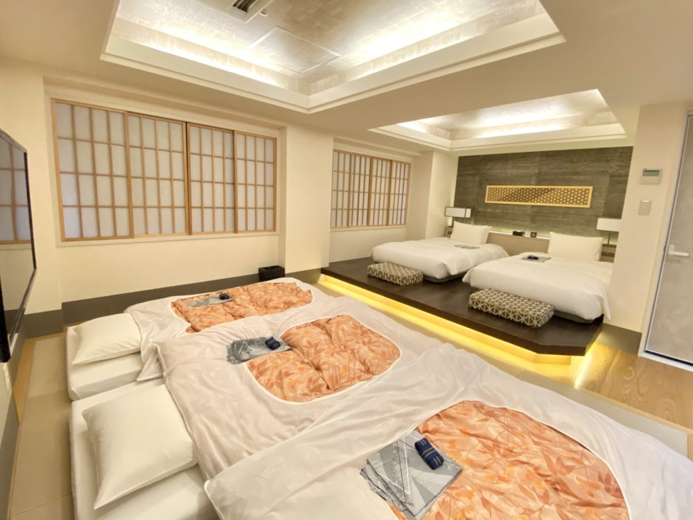 At the time of use of Shin-Yokohama Grace hotel Japanese-Western style room five people